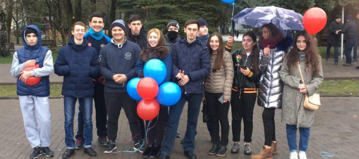 Студенты Международного колледжа «Полиглот» приняли участие в Межнациональной зарядке 18032018